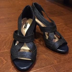 Alex Marie low blue heels
